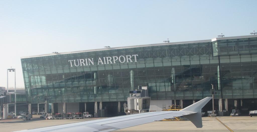 Аэропорт Турин